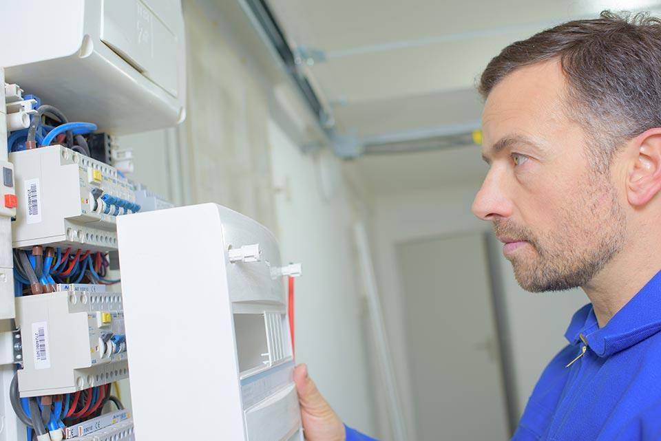 sjabbens-totaalinstallateur-dwingeloo_elektrotechniek-installatietechniek